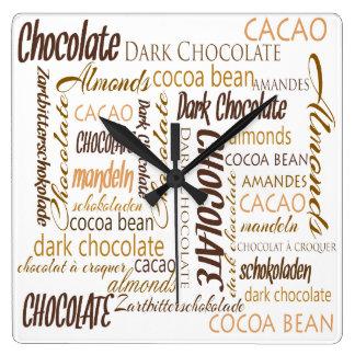 Relógio Quadrado Chocolate, amêndoas e design de texto escuro do