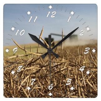 Relógio Quadrado Colheita de Canola