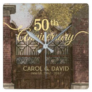 Relógio Quadrado Comemorando o 50th aniversário. Vintage Charleston