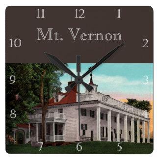 Relógio Quadrado Costume de Mount Vernon do vintage