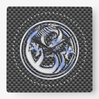 Relógio Quadrado Crachá do dragão do estilo do cromo no impressão