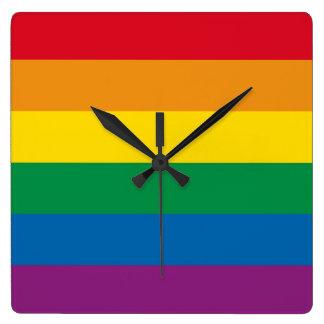 Relógio Quadrado Design colorido do arco-íris do orgulho  