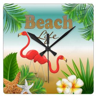 Relógio Quadrado Design tropical da vida da praia com flamingos