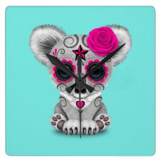 Relógio Quadrado Dia cor-de-rosa do Koala inoperante do bebê