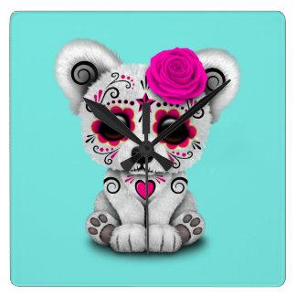 Relógio Quadrado Dia cor-de-rosa do urso polar do bebê inoperante