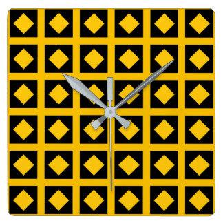 Relógio Quadrado Diamantes do ouro e quadrados pretos