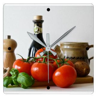 Relógio Quadrado Do tomate vida ainda