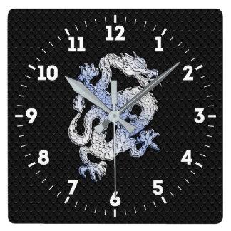 Relógio Quadrado Dragão do estilo do cromo no impressão preto da