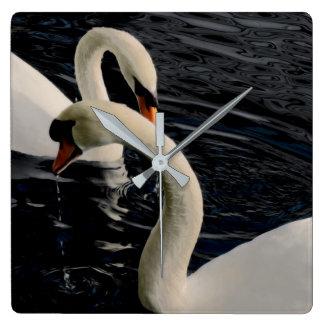 Relógio Quadrado Duas cisnes no lago