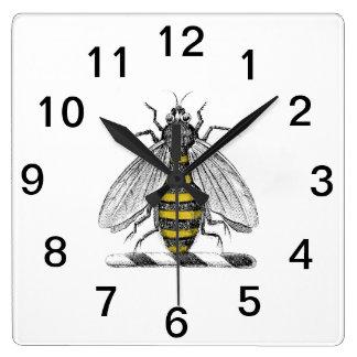 Relógio Quadrado Emblema heráldico formal C da brasão da abelha do