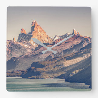 Relógio Quadrado Fitz Roy e montanhas de Poincenot Andes -