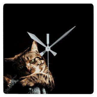 Relógio Quadrado Gato bonito que joga o pulso de disparo de parede