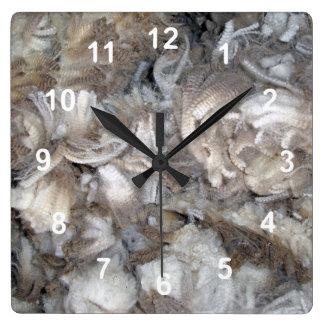 Relógio Quadrado Lãs recentemente cortadas de Marino