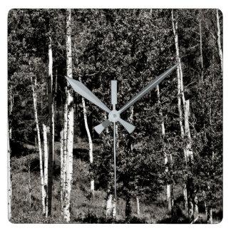 Relógio Quadrado Linha de árvore preto e branco pulso de disparo de