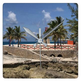 Relógio Quadrado Mama de Bahama