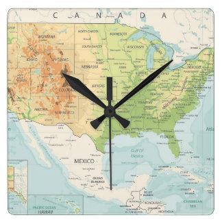 Relógio Quadrado Mapa de cor retro do mundo