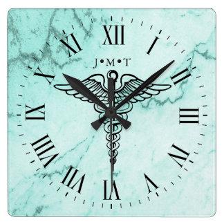 Relógio Quadrado Mármore feito sob encomenda das iniciais do