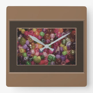 Relógio Quadrado Miçanga colorida da jóia
