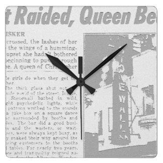Relógio Quadrado MyPride365 - STONEWALL - pulso de disparo alegre