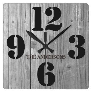 Relógio Quadrado Nome de família rústico do efeito de madeira do