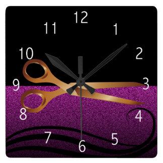 Relógio Quadrado Ouro e pulso de disparo à moda roxo do