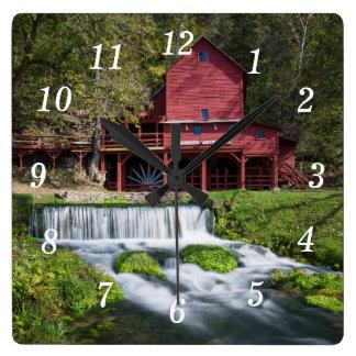 Relógio Quadrado Paisagem do moinho de água de Hodgson