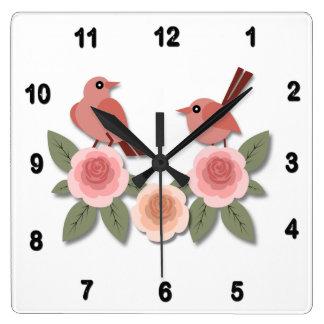 Relógio Quadrado Passarinhos cor-de-rosa em peônias cor-de-rosa