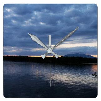 Relógio Quadrado Por do sol sobre o lago Maine Katahdin Millinocket