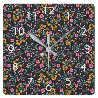 Relógio Quadrado Preto com o pulso de disparo de parede floral