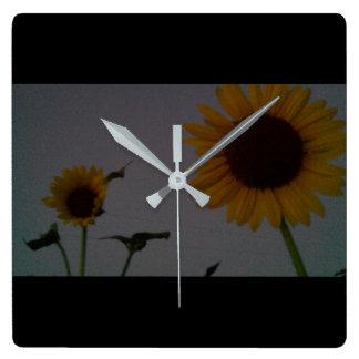 Relógio Quadrado Pulso de disparo 100_8183 do jardim