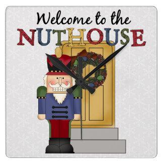 Relógio Quadrado Pulso de disparo de parede do Natal do Nuthouse