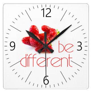 Relógio Quadrado Seja diferente