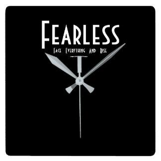 Relógio Quadrado Sem medo…