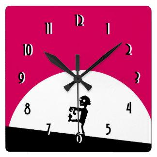 Relógio Quadrado Silhueta do zombi com Lua cheia