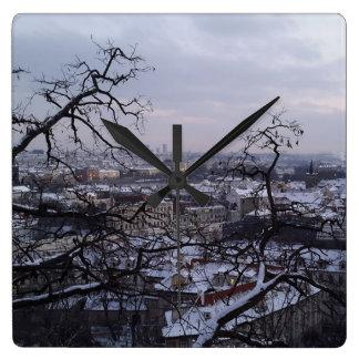 Relógio Quadrado Skyline do pulso de disparo nevado de Praga