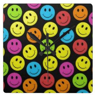 Relógio Quadrado Smiley face doce