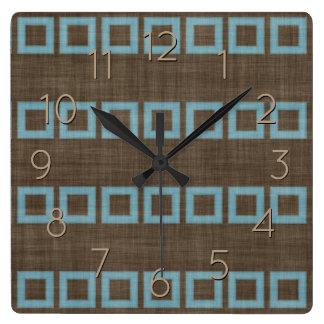 Relógio Quadrado Teste padrão azul dos quadrados da cerceta no café