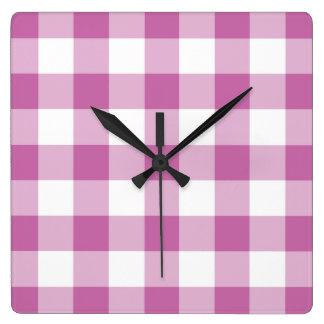 Relógio Quadrado Teste padrão cor-de-rosa e branco verificado