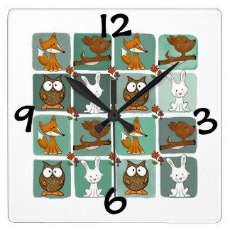 Relógio Quadrado Teste padrão do bloco dos animais da floresta