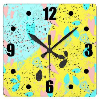 Relógio Quadrado Teste padrão do pop art dos Pastels dos doces