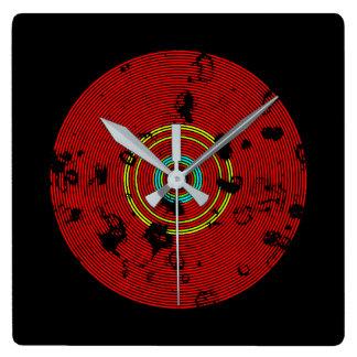 Relógio Quadrado Teste padrão multicolorido vermelho da textura do
