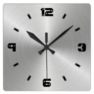 Relógio Quadrado Textura brilhante do metal, números com cabeças do