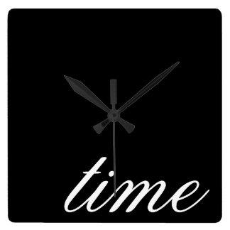 Relógio Quadrado Tipografia Minimalistic preto e branco do tempo