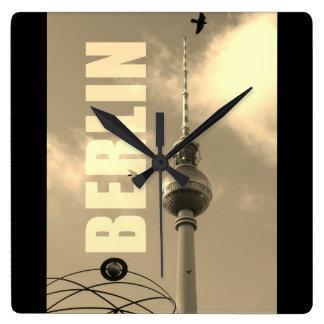Relógio Quadrado Torre 02.F.2.4 da tevê de BERLIM