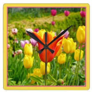 Relógio Quadrado Tulips_321_B_R2 colorido