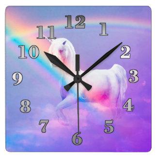 Relógio Quadrado Unicórnio e arco-íris