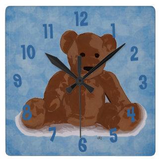 Relógio Quadrado Urso de ursinho de assento (fundo azul)