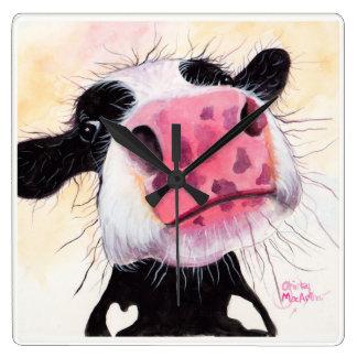 """Relógio Quadrado Vaca Nosey de """"mirtilo Betty"""" por Shirley"""