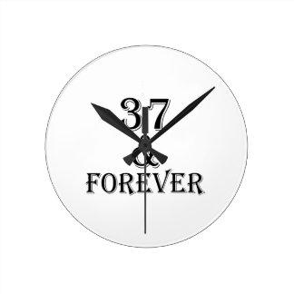 Relógio Redondo 37 e para sempre design do aniversário