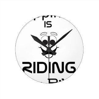 Relógio Redondo A felicidade está montando minha bicicleta